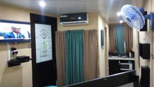 1 bedroom mini flat  Flat / Apartment for shortlet juli Estate Oregun Ikeja Lagos