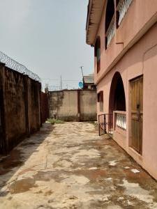 3 bedroom Blocks of Flats House for sale Isiaka Olorunfemi Street Akesan Alimosho Lagos