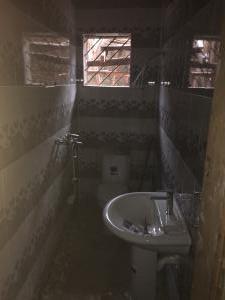 2 bedroom Flat / Apartment for rent Off Goodluck  near Ogudu Ori oke Ogudu-Orike Ogudu Lagos