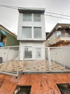 3 bedroom Shop in a Mall for sale Ikate Lekki Lagos