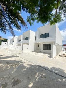 3 bedroom Terraced Duplex House for sale Secured Neighborhood Victoria Island Lagos