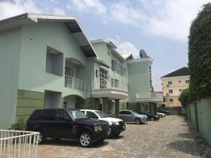 Blocks of Flats House for rent Anthony Eremosele street Parkview Estate Ikoyi Lagos