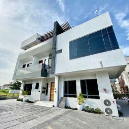 6 bedroom Detached Duplex for sale Gated Estate Osapa london Lekki Lagos