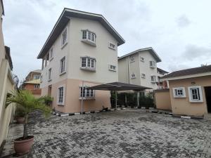 4 bedroom Detached Duplex House for sale Gated Estate Lekki Phase 1 Lekki Lagos