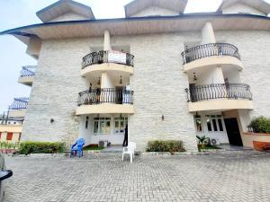 5 bedroom Terraced Duplex House for rent ... ONIRU Victoria Island Lagos