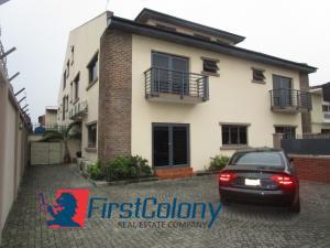 4 bedroom Semi Detached Duplex House for sale Adebayo Doherty Road (Road 14)  Lekki Phase 1 Lekki Lagos