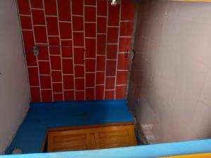 1 bedroom mini flat  Mini flat Flat / Apartment for rent George Street off apata str Shomolu Shomolu Lagos