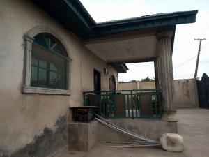 3 bedroom Flat / Apartment for sale Odo ona kekere Akala Express Ibadan Oyo