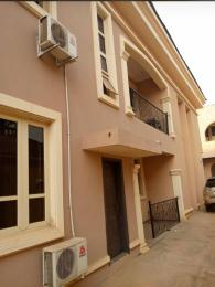 3 bedroom Flat / Apartment for rent Akinfenwa street behind total filling station Oluyole Estate Ibadan Oyo