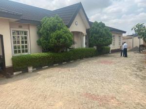 6 bedroom Detached Bungalow for sale Adeniyi Jones Estate, Ikeja, Lagos. Adeniyi Jones Ikeja Lagos