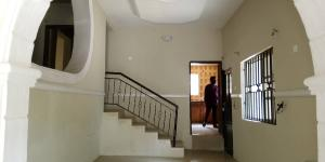 3 bedroom Terraced Bungalow House for rent No 24,Alalubosa street ibadan Alalubosa Ibadan Oyo