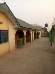 3 bedroom Detached Bungalow House for sale Oniyanrin junction alakia AirPort area Alakia Ibadan Oyo