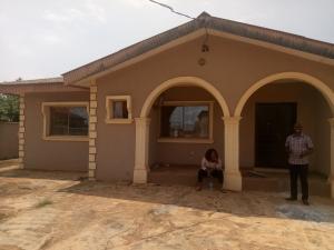 3 bedroom Flat / Apartment for rent Erunwen rd, Off Obaefemi Awolowo way, Ikorodu Lagos