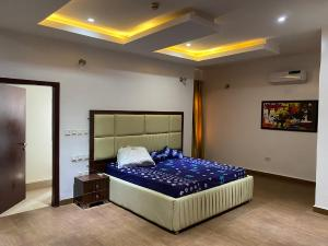1 bedroom mini flat  Flat / Apartment for shortlet Wuye Abuja