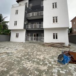3 bedroom Blocks of Flats House for rent r Idado Lekki Lagos