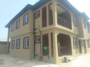 3 bedroom Blocks of Flats House for rent Valley view Vallely olu ofo Ebute Ikorodu Lagos