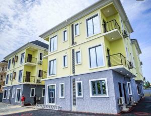 4 bedroom Semi Detached Duplex House for sale Lekki phase1  Lekki Phase 1 Lekki Lagos