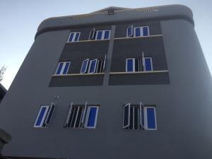 Self Contain Flat / Apartment for rent St.Finbars  Akoka Yaba Lagos