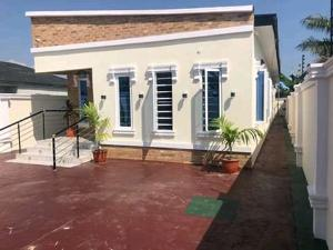 2 bedroom Blocks of Flats House for sale Bogije ajah Off Lekki-Epe Expressway Ajah Lagos