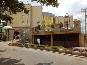 10 bedroom Hotel/Guest House for sale Garki 2 Abuja