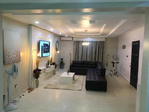 3 bedroom Self Contain Flat / Apartment for shortlet - Surulere Lagos