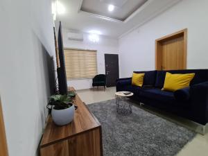 3 bedroom Self Contain Flat / Apartment for shortlet Ikota Lekki Lagos