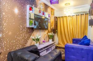 2 bedroom Self Contain for rent Lekki Phase 1 Lekki Lagos