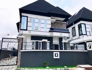 5 bedroom Detached Duplex for sale Omole Ph2 Omole phase 2 Ojodu Lagos