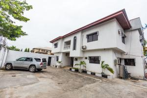 2 bedroom Shared Apartment for rent Ikoyi Lagos