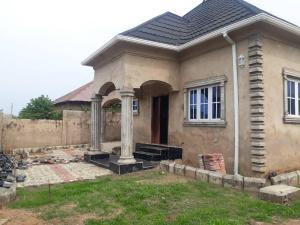2 bedroom Detached Bungalow House for sale  akala express ib  Akala Express Ibadan Oyo
