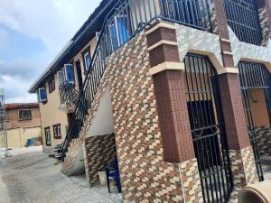 2 bedroom Blocks of Flats House for rent Anfani Ring Rd Ibadan Oyo