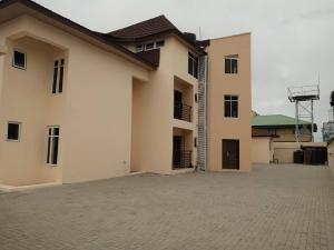 2 bedroom Shared Apartment Flat / Apartment for rent Ladipo Omotesho Street, by Lagoon school, Lekki Phase 1 Lekki Phase 1 Lekki Lagos