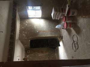 2 bedroom Semi Detached Duplex House for rent Bye pass Ilupeju Ilupeju Lagos