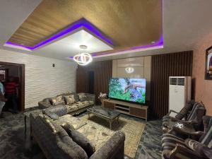2 bedroom Mini flat Flat / Apartment for sale In a mini estate Jabi Abuja