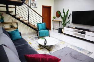 2 bedroom Studio Apartment for shortlet Conservation Road Chevron, Lekki Expressway, Lekki, Lagos. chevron Lekki Lagos