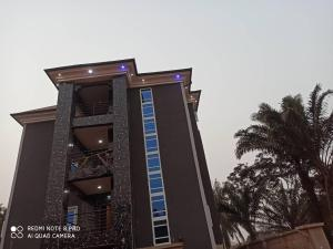 Blocks of Flats House for sale Nsukka, close to UNN  Nsukka Enugu