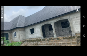 5 bedroom Terraced Bungalow House for sale Ughellie south okwagbe water side  Ughelli South Delta