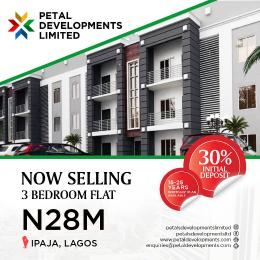 3 bedroom Flat / Apartment for sale Along Ipaja/command road. very close to the Army Base at IPAJA. Ipaja road Ipaja Lagos