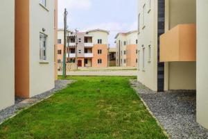 Flat / Apartment for sale Shasha, Akowonjo, Alimosho, Lagos State Shasha Alimosho Lagos