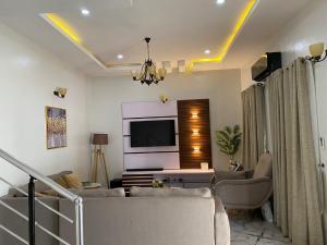 3 bedroom Detached Duplex House for shortlet Conservation Road chevron Lekki Lagos