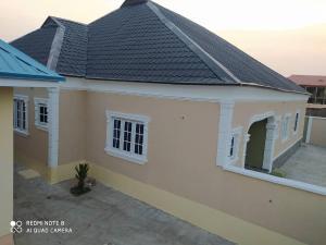 3 bedroom Detached Bungalow House for rent Akuru elebu oluyole extension off Akala express  Ibadan  Akala Express Ibadan Oyo