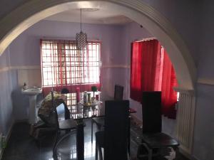 3 bedroom Detached Bungalow House for sale Ologbo area Ologuneru Ibadan  Ibadan Oyo