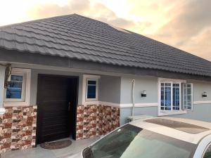 3 bedroom Detached Bungalow House for sale Monatan area, iwo road ibadan Iwo Rd Ibadan Oyo