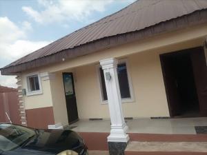 3 bedroom Detached Bungalow for sale Maku Alakia Ibadan Oyo