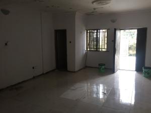 3 bedroom Blocks of Flats House for rent Onike Yaba Lagos
