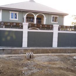 3 bedroom Flat / Apartment for rent Asorock bus stop Bucknor estate, Jakande axis. Bucknor Isolo Lagos