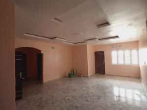 3 bedroom Blocks of Flats House for rent Off adeyeye Millenuim/UPS Gbagada Lagos
