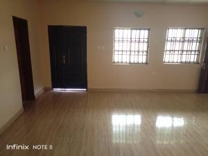 3 bedroom Blocks of Flats House for rent Old Ife Road, Alakia. Alakia Ibadan Oyo