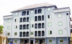 3 bedroom Penthouse Flat / Apartment for rent 10,Nze street behind Rowmay hotel limited opobo road ogborhill aba Aba Abia