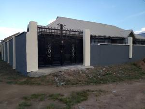 3 bedroom Blocks of Flats House for rent Abese, Elebu, Akala Express. Akala Express Ibadan Oyo